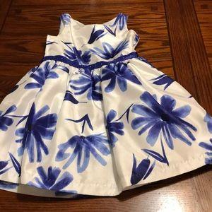 Girl's Dress Size 7
